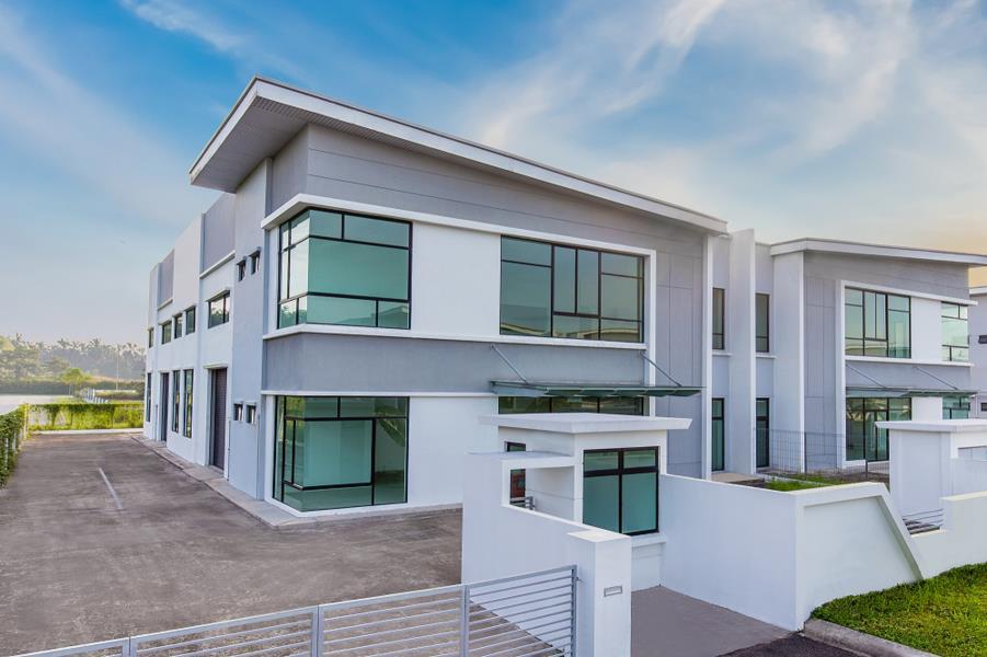 80x180 Semi-Detached Factory @ Setia Business Park